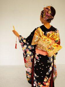 femme-japonaise-kimono