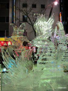 sculpture-oiseau-festival-glace